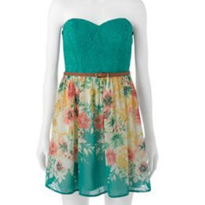 Trixxi Floral Lace Tube Dress